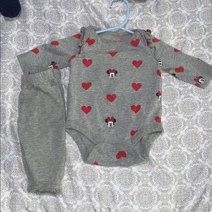 Baby gap outfit 0-3months